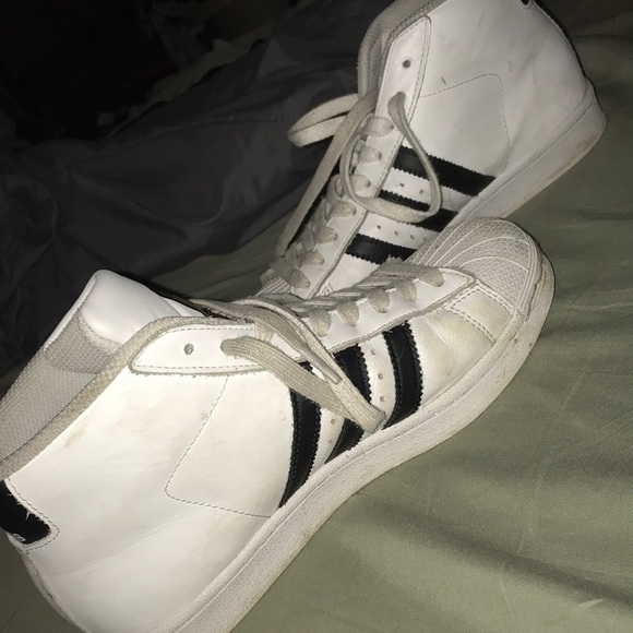 low cost 18ac9 04ead High top Adidas Superstars!!